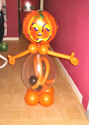Halloween balloon decoration partyware for Balloon decoration for halloween