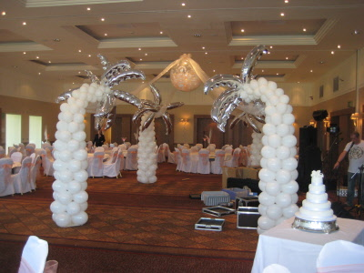 Cake Decor Cumbernauld : Hawaiian Theme Reception Wedding Dresses 2013